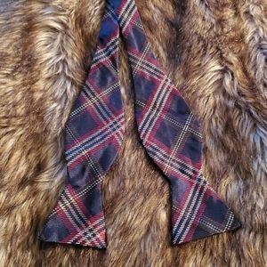 Brooks Brothers Tartan Self Tie Bow Tie